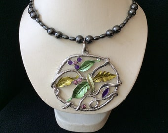 Flower and leaves hand beaded magnetic Hemetite memory wire choker necklace