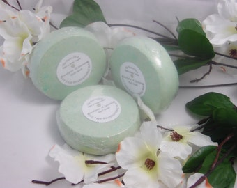 Eucalyptus & Spearmint Skin Loving Bath Bomb