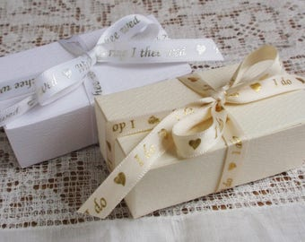 Truffle Box with Printed Ribbon, set of 12