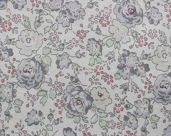 Liberty tana lawn printed in Japan - Felicite - Pale gray mix