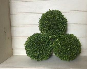 "Set of 3--BEAUTIFUL SEDUM BALLS- Artifcial Green-attractive and Trendy-4"""