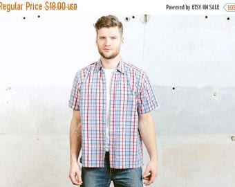 WEEKEND SALE . Mens Plaid Shirt . Vintage 90s Short Sleeve Shirt Summer Clothing Cotton Button Down Boyfriend Shirt . size Large L