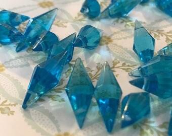 Vintage glass Drops,Sapphire Pendants,bead Lot, Sapphire Glass Beads, Faceted drops,20mm,Dangles NOS Drilled hole Antique Rare Unique #622