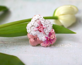 Sakura Bouquet Brooch, Spring Flowers Jewelry, Sequin Thread Embroidery, White Pink Blossom, Botanical Modern Pin, Kawaii Romantic Brooch