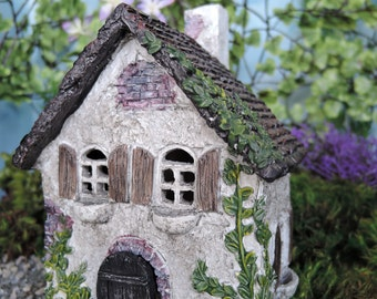 Ivy House with Hinged Door for the Fairy Garden