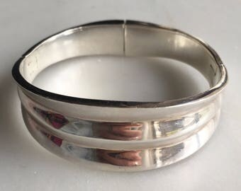 Vintage Taxco Mexico Sterling Silver Silved Ridged Hinged Cuff Bracelet