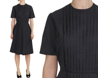 Pleated Front 1950s WOOL Grey Day Dress | M | Nipped Waist Short Sleeve Vintage Dress