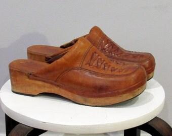 Boutique Fredelle vintage 70s boho woven brown leather wood clogs shoes womens 10.5 mens 9