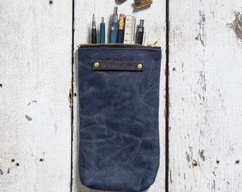 Waxed Canvas Scribbler Pouch in Rook, Indigo Accessories Case, Waxed Canvas Bag, Pencil Case, Cosmetic Case, Makeup Bag, Zipper Pouch, Pens