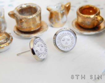 Antique Silver Sun Stud Earrings, Silver Sun Earrings, White Sun Earrings, Sun Face Earrings, Sun Cameo Earrings, Smiling Sun Earrings