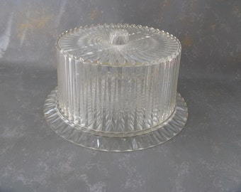 Vintage Acrylic Coverd Cake plate, plastic, clear, cut glass look alike