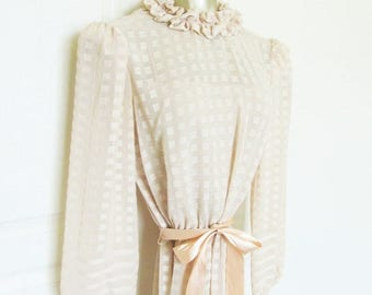40% OFF SALE Vintage 1970's Pretty Blush Rose Midi Day Dress / Double Layer Style Retro Casual Dress / Belt Waist Ribbon Tie / Size Small