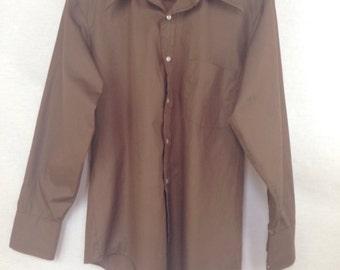 70s Mens Shirt / Brown Vintage Oxford Top / 1970s Button Down Dress Shirt / Cowboy Man Rodeo Top Long Sleeve Large Collar Extra Long Kent