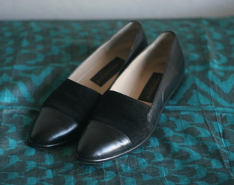 Black Two Tone Leather Suede Slip on Oxfords Made in Italy Size Women's 6 1/2