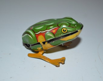 Vintage tin wind up toy frog - metal toad - US Zone Germany - no key