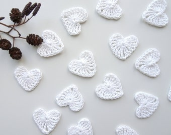 Crochet hearts applique - small hearts embellishments - scrapbooking supplies - wedding decorations - white hearts - set of 15