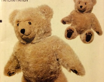 "Vintage Sewing Pattern VOGUE BEAR Linda Carr Classic 23"" Teddy Stuffed Toy Uncut 1980's Button Eyes"