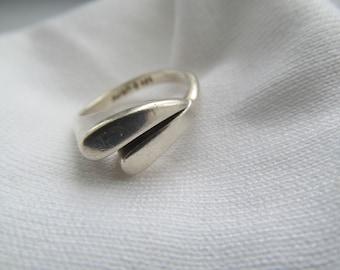 Modern Sterling Silver Avon Ring