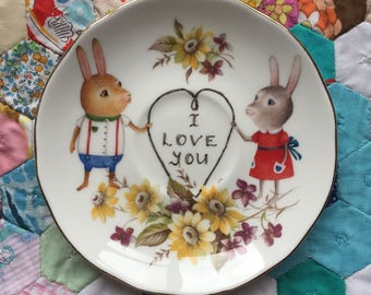 I Love You Happy Bunny Couple Vintage Illustrated Plate