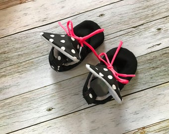 Baby shoes - Black Polkadot Baby Hightops with Neon Pink Laces - Size 0-18 Months