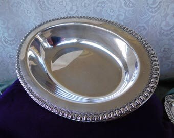 "Vintage Oval Silver Plated Bowl by Wilcox 11"" x 7 1/2"""