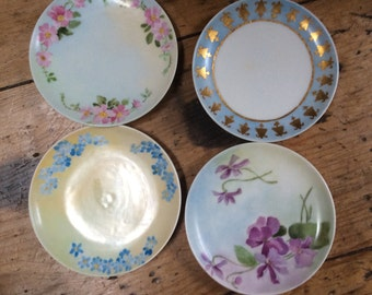 Set of 4  French Havilland Hand painted Miniature Dishes. Signed by Artist, Made in FRANCE.