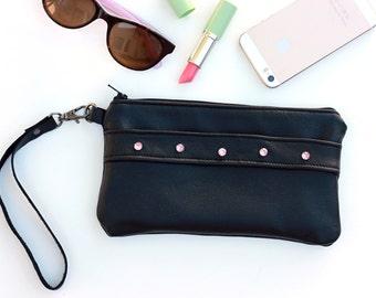 Sample Sale - Black Leather Clutch - Zipper Pouch Wallet - Cell Phone Wristlet Wallet - Wrist Purse - Small Handbag