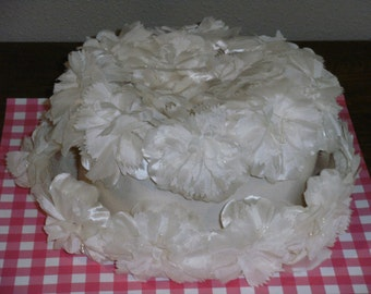 Vintage White Flower Hat