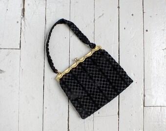Black Velvet Purse • 1950s Purse • Italian Purse • Velvet Handbag • Kisslock Purse Made in Italy • Black Handbag • Evening Purse  | B587