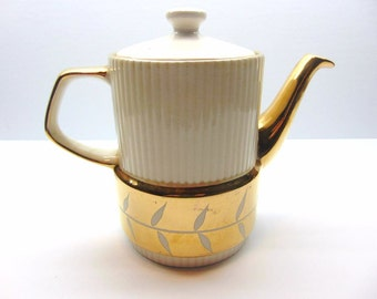Vintage Gibsons Teapot
