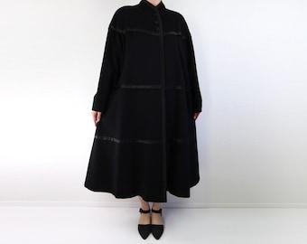 VINTAGE 1940s Coat Black Satin Wool Swing Coat