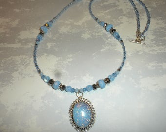 Gorgeous Australia Coober Pedy Mined Blue Opal Necklace