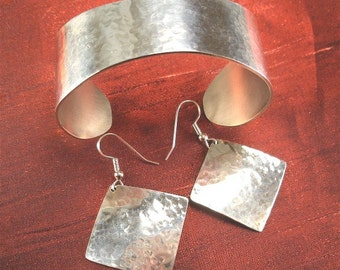 Silver Jewelry Set, Hammered Silver Bracelet Cuff, Silver Earrings BRER-1