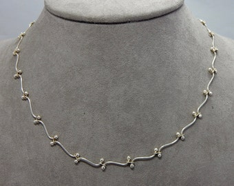 Sterling Silver Sprig Style Chain Necklace    OP17