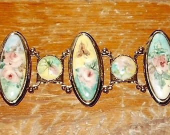 Lovely Vintage Goldtone Floral Bracelet