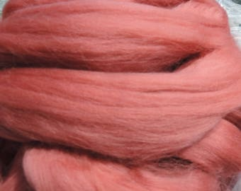 Ashland Bay Mulberry Color Merino 21 Micron 4 Ounces Beautiful And Soft
