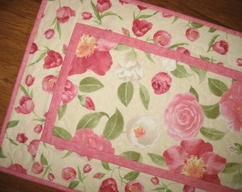 Floral Table Runner, Spring,  quilted table runner, Summer, handmade, fabric from Wilmington Prints