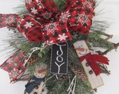 Christmas Wreath, Winter Wreath, Hostess Gift Wreath, Rustic Maple Leaf Wreath, Country Christmas Decoration, Front Door Wreath
