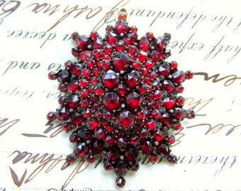 Antique VICTORIAN Bohemian GARNET Brooch or Pendant c.1890 Natural Rose Cut Garnets