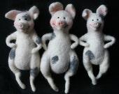 Needle Felted Fairytales: The Three Little Pigs