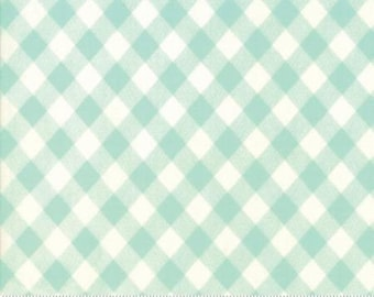 Bonnie and Camille Fabric - Bonnie Camille -  Basic Fabric - Vintage Picnic Gingham Aqua- 5512435