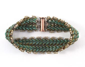 Rustic turquoise green chevron beadwork bracelet, Czech glass woven beaded bracelet in Picasso-style turquoise with copper magnetic clasp