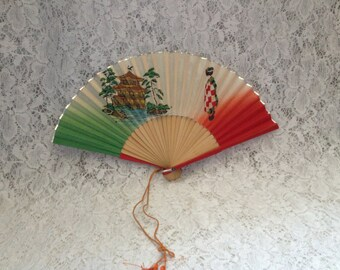 Vintage Asia Fan Lady Pagoda tassel Wood Ribs Red Green Gold Collectibles accessories Fashion