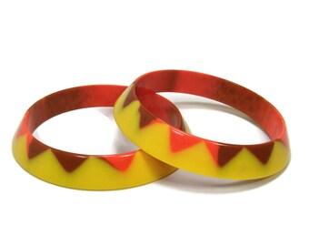 Vintage Lucite Bangle Bracelets, Yellow Orange Brown, Geometric Triangle, Vintage Jewelry, Plastic Bangles, Plastic Jewelry
