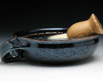 Bronze Warrior Shaving Bowl with Angled Handle for Right Handers, Shallow Lathering Bowl