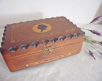 Vintage 1940's Inlaid Wood Cameo Jewelry Box