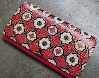 Vtg Handmade Floral Tile Tooled Leather Snap Wallet Purse AS IS Red Black White