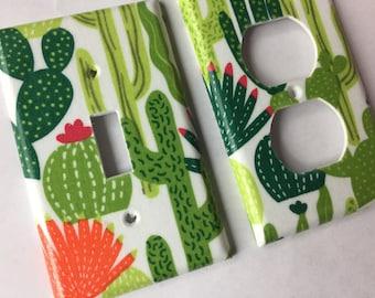 Succulent Decor / Single Light Switch Cover  / Succulent Gift / Echeveria / Cactus Decor / Cactus Wall Art / Cactus Gift / Southwest Decor