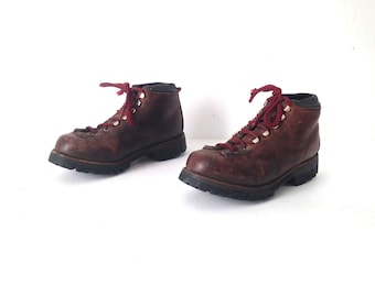 vintage women's hiking BOOTS red LEATHER vintage 80s 90s booties men's size 5.5, women's size 7 8