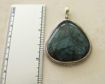 Gorgeous Labradorite Sterling Silver Pendant, Like Misty Forest